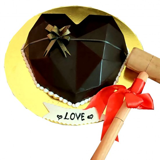 Exceptional  Chocolate Heart Shape Smash Cake