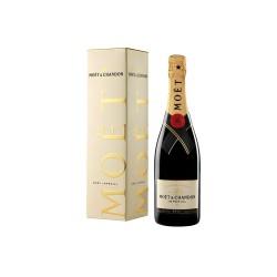 Moet & Chandon Brut Champagne - 750 ml