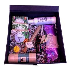Ultimate Pamper Box  (For Oily Skin)